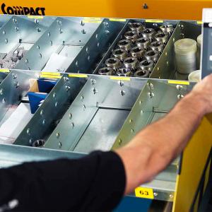 Compact Lift - Plåtinredning